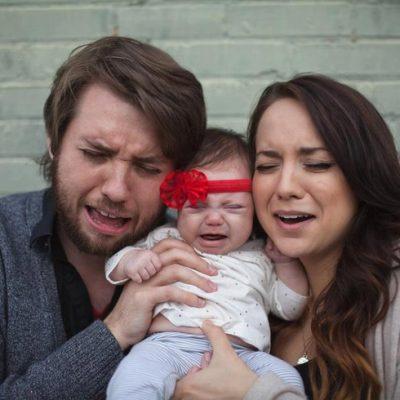 parents en difficultés avec un bébé